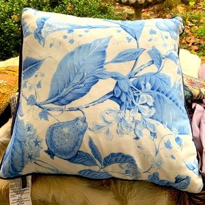 Pretty Blue and White floral accent pillow NWOT